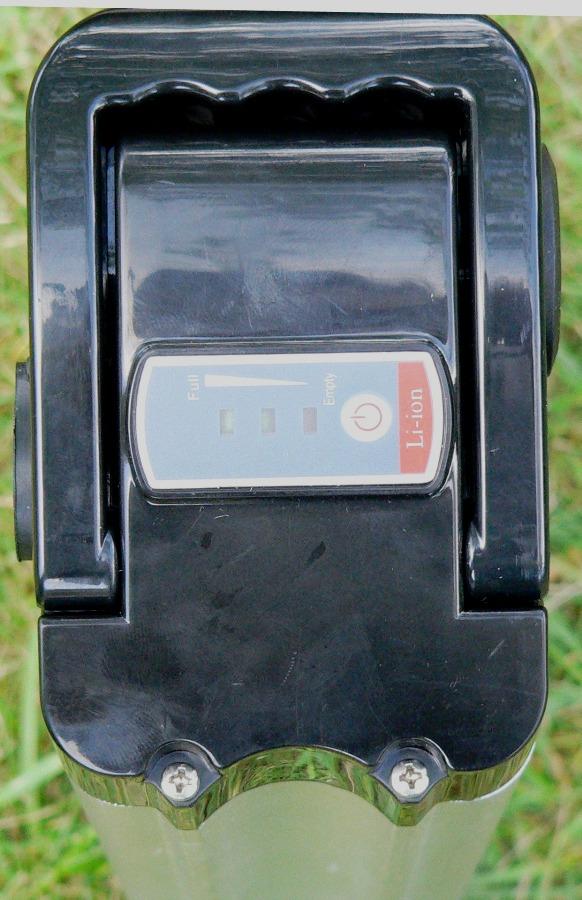 Индикатор заряда на аккумуляторной батарее